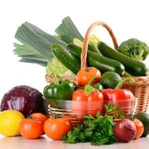 Свежие фрукты, овощи, зелень